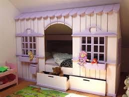 cabane pour chambre marvelous lit pour chambre mansardee 12 lit cabane mini house