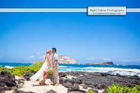 Oahu Photographers Couple Wedding Engagement Family Photographer In Oahu Hawaii