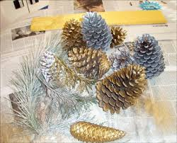 pine cone table decorations how to craft pinecone christmas table decoration hellokids