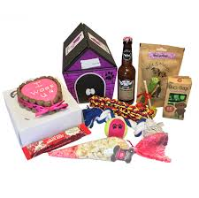 the i woof u cake for dogs with pet presents