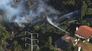 Wildfire Antioch Ca by Crews In Antioch Battle 3 Alarm Fire Burning Structure Vegetation