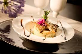 cuisine gastronomique repas gastronomique et nuits dans un château strasbourg