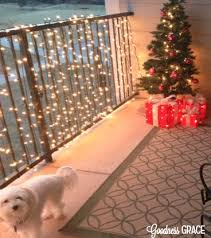 Christmas Decorations For Outdoor Railings by 46 Best Decorated Houses For Christmas Images On Pinterest