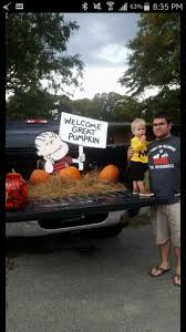 trunk or treat halloween snoopy charlie brown peanuts great