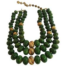 jade bead necklace images 1950s castlecliff faux jade 3 strand bakelite and goldtone knot jpg