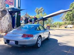 which porsche 911 should i buy i bought the cheapest running manual porsche 911 in the country
