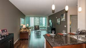 355 square feet checking out a one bedroom apartment in streeterville yochicago