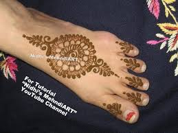 beautiful circular mandala henna tattoo art designs for feet