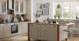kitchen design howdens kitchens fitted kitchens