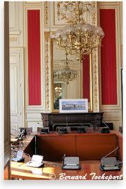 bureau maire de bureau du palais rohan la mairie de bordeaux photo bernard tocheport