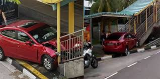 woman crashed car into overhead bridge in jurong east after