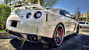 nissan gtr wallpaper 40 hd car wallpapers hd hd car wallpapers and photos view hd