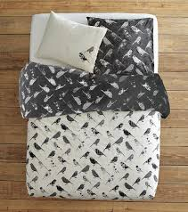 Graphic Duvet Cover Time For New Bedding Graphic Organic Options From West Elm