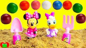 minnie mouse and adventure magic gumball surprises