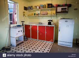 50er jahre k che küche in einem strandhaus aus den fünfziger jahren 50er oder 50er