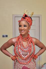traditional wedding attire bank w and adesua etomi s traditional wedding pictures baad2017