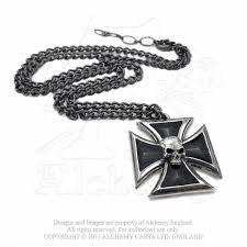 cross skull necklace images Black knight 39 s iron cross skull pendant alchemy metal wear ap617 jpg
