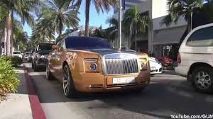 rolls royce phantom gold arab rolls royce phantom drophead coupe with a gold spirit of