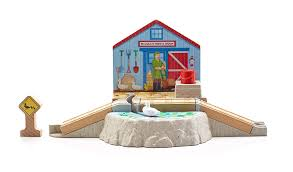 Trackmaster Tidmouth Sheds Ebay by Amazon Com Fisher Price Thomas The Train Wooden Railway Duck Pond