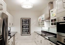 4 Decorating Ideas – How to Make a Galley Kitchen Look Bigger
