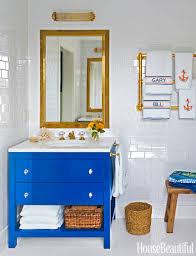 White Bathroom Decor - 12 white bathrooms for every luxury bathroom decor style