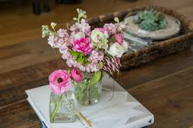 how to make a simple floral arrangement at home the kim chronicles