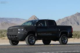 chevy jeep chevy colorado zr2 spied roaming desert roads autoguide com news