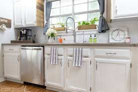 can i use chalk paint on laminate kitchen cabinets painting kitchen cabinets with chalk paint simply today