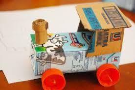 membuat mainan edukatif dari kardus membuat kereta mainan bertenaga angin oleh asyik belajar di rumah