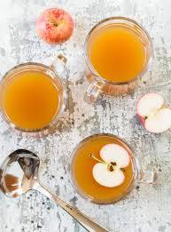 ginger cider cocktails garnish with lemon