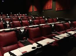 10 reasons why the new amc dine in theatres block 37 is a perfect