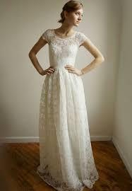 dress pesta keindahan model baju pesta modern dengan konsep yang elegan
