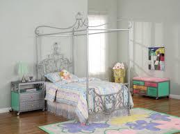 best canopy bed frame designs