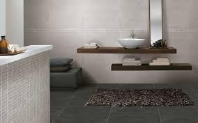 braune badezimmer fliesen haus renovierung mit modernem innenarchitektur ehrfürchtiges