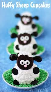 fluffy sheep cupcakes are so adorably cute