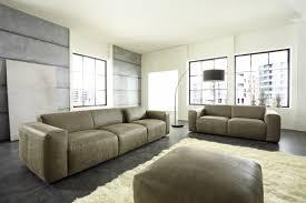 oder sofa ledersofa abgebildet ist das sofa in einem nubukleder mit
