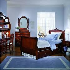 madison bedroom set young america by stanley madison kids wood sleigh bed 5 piece