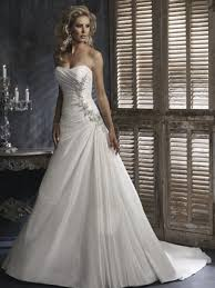 Discount Wedding Dresses 80 Off 2014 A Line Affordable Attractive Flat Ruffle Beads