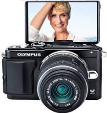 olympus camera black friday amazon amazon com olympus e pl5 mirrorless digital camera with 14 42mm