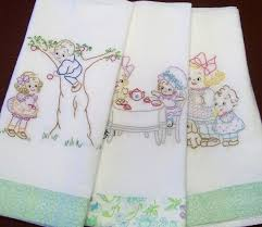 Machine Embroidery Designs For Kitchen Towels 441 Best Kitchen Towels Images On Pinterest Dish Towels