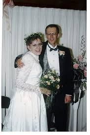 Sell Your Wedding Dress Need Extra Cash Sell Your Wedding Dress Money Families Com