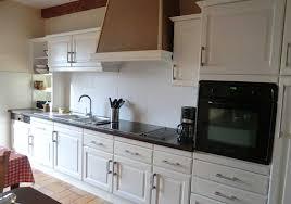 moderniser une cuisine relooker cuisine en chene repeindre cuisine en chene top