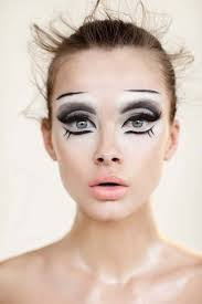pretty halloween eye makeup 9 best halloween images on pinterest make up costumes and