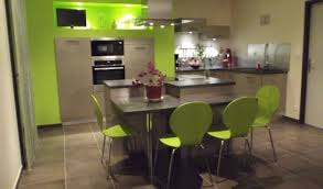 cuisine verte pomme cuisine grise et vert anis recherche idée ha cuisine cuisine