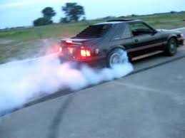 1988 gt mustang 1988 ford mustang gt burnout