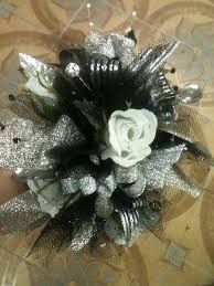 Wrist Corsages For Homecoming Homecoming Decorating Ideas For Florist Prom Flowers Custom