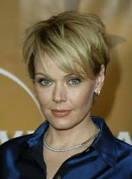 very short hairstyles for mature women women medium haircut