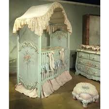 chambre bébé style baroque chambre bebe style baroque le ciel de lit bacbac protage le bacbac