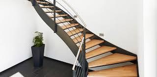 treppen holzstufen treppen impressionen und treppen bilder bei treppen de