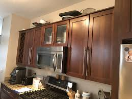 what paint colors look best with maple cabinets what color should i paint my kitchen cabinets textbook
